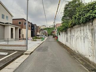 【前面道路含む現地写真】三島市谷田3期 新築戸建 全1棟 (1号棟)