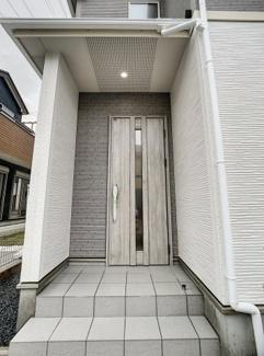 【玄関】三島市徳倉3丁目 新築戸建 全6棟 (6号棟)