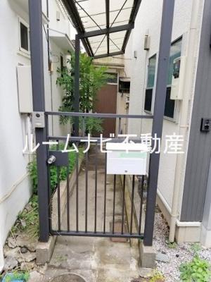 【エントランス】栄町戸建