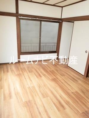 【居間・リビング】栄町戸建