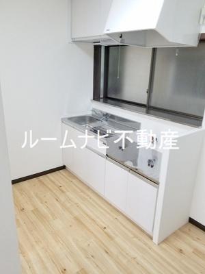 【キッチン】栄町戸建
