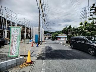 【前面道路含む現地写真】三島市徳倉第4 新築戸建 全5棟 (4号棟)