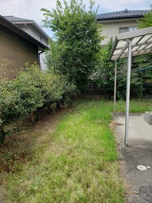 【庭】鳥取市若葉台南2丁目中古戸建て