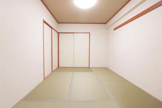 和室6帖です♪足を伸ばして寛げる居室です♪お客様部屋として・小さなお子様の遊びスペースとして色々活躍してくれる居室です!