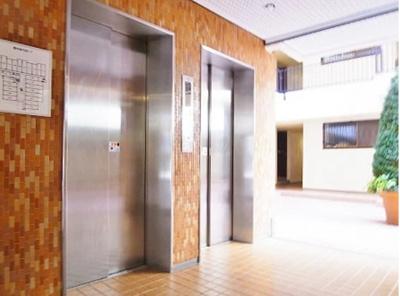 2機エレベーター有り。