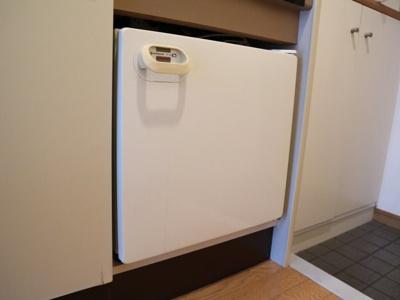 お得なミニ冷蔵庫付きです!