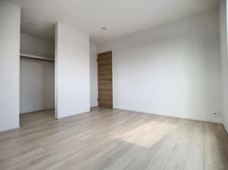 【寝室】御殿場市竈20-1期 新築戸建 全5棟 (4号棟)