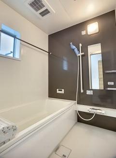 【浴室】御殿場市竈20-1期 新築戸建 全5棟 (4号棟)