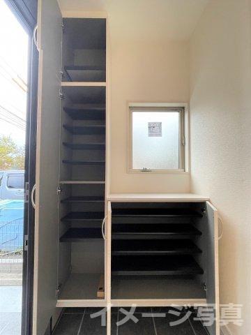16.2帖のLDK。リビングイン階段で家族とのコミュニケーションがとりやすい間取りです♪