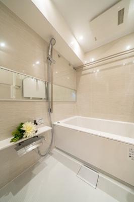 【浴室】ダイアパレス西浅草グランマジェスト 角 部屋 リ ノベーション済