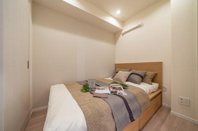 【寝室】ダイアパレス西浅草グランマジェスト 角 部屋 リ ノベーション済