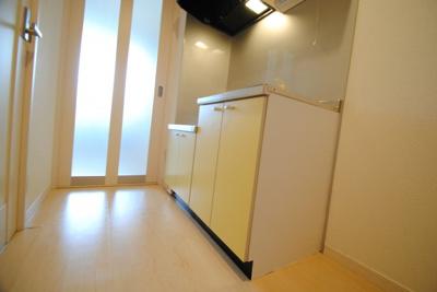 【キッチン】クレフラスト試験場前駅南