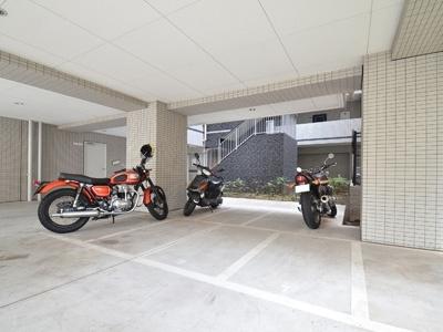バイク置き場