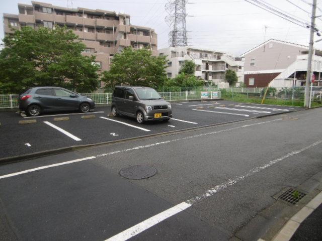 【駐車場】エバーコンフォール