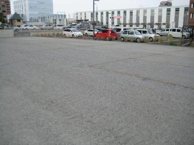 【外観】万博C12駐車場