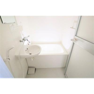 【浴室】サンヴォーレ三輪