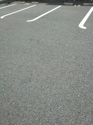【駐車場】レジェンシー