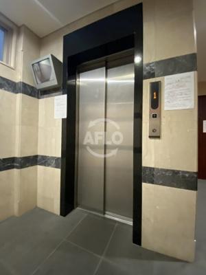 ジュネーゼグラン京町堀 エレベーター