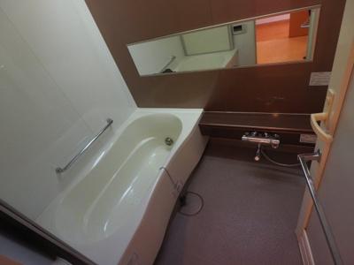 【浴室】ルネ高槻 ㈱Roots