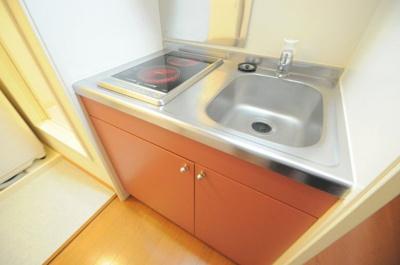 【キッチン】レオパレススナッグ ビラ