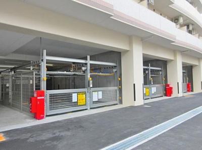 【駐車場】セレニテ江坂ルフレ