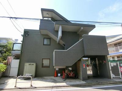 人気の東横線沿線「白楽」駅アクセス良好の賃貸マンション。