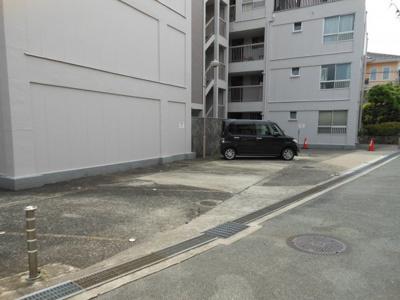 【駐車場】千里山コーポラス