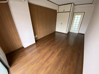 8畳の洋室です