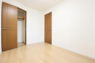 洋室です♪室内は令和3年6月全面リフォーム済み!いつでもご覧いただけます(^^)お気軽にネクストホープ不動産販売までお問い合わせを!!