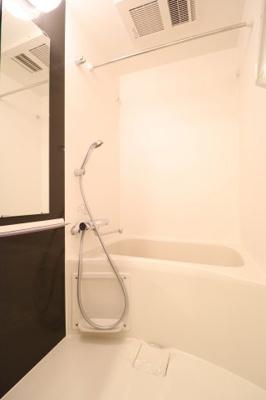 【浴室】エスプレイス京都RAKUNAN