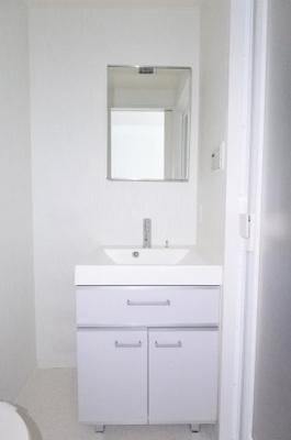 【独立洗面台】アパートメント谷町