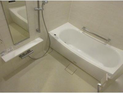高級感溢れるバスルーム