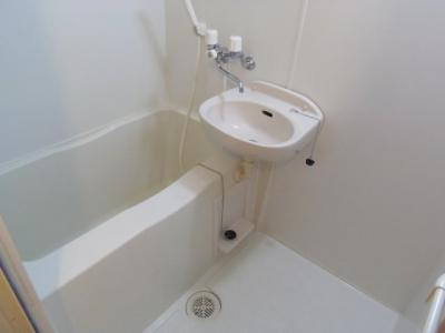 【浴室】レオパレスルレーブ上面