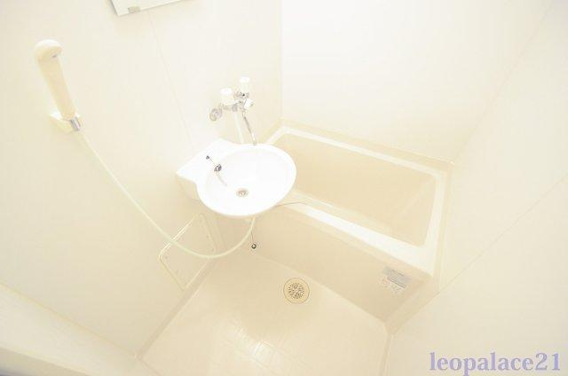 【浴室】レオパレス一番町