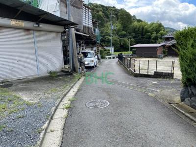 【前面道路含む現地写真】関津3丁目