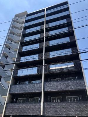 東急東横線「新丸子駅」徒歩3分の新築分譲マンションです。