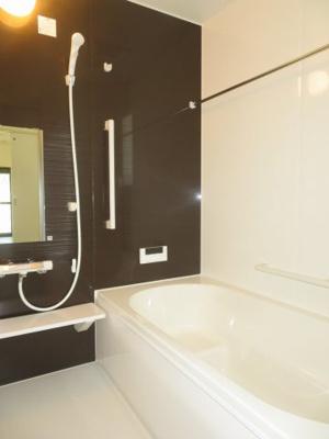 【浴室】鈴鹿市東磯山4丁目 新築分譲住宅3号棟