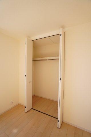 【同仕様施工例】各居室クローゼットあります。衣装ケースなどを上手に活用してすっきり片付けしたいですね