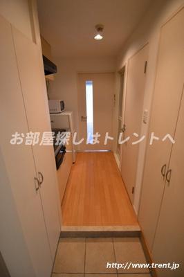 【玄関】プレールドゥーク新宿