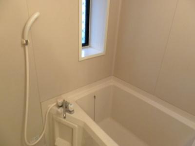 【浴室】クレシェンド