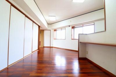 【居間・リビング】スカイマンション