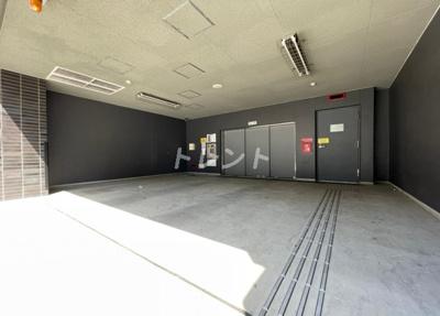 【駐車場】コンフォリア東新宿ステーションフロント