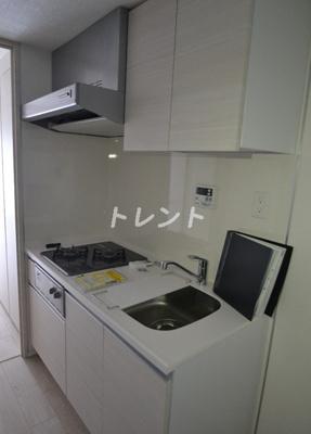 【キッチン】コンフォリア東新宿ステーションフロント