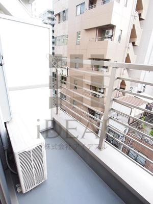 【バルコニー】ラグジュアリーアパートメント本郷