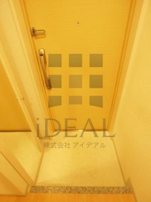 【玄関】ラグジュアリーアパートメント本郷