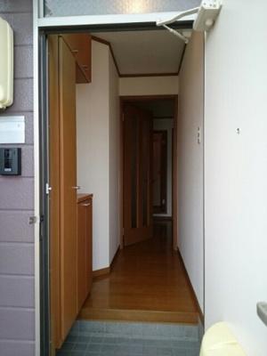 【玄関】クレスト-ルミウ