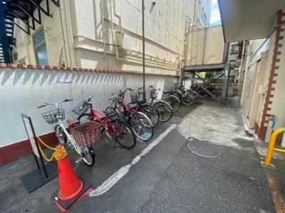 ワコー高田馬場マンションの駐輪場です。