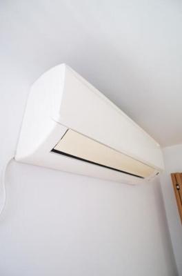 エアコン完備で1年中快適です。