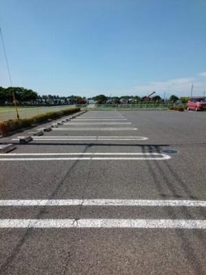 【駐車場】アルモニ-ヒルズA