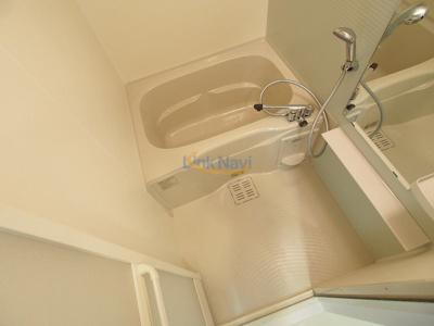 【浴室】ファーストフィオーレ本町イースト